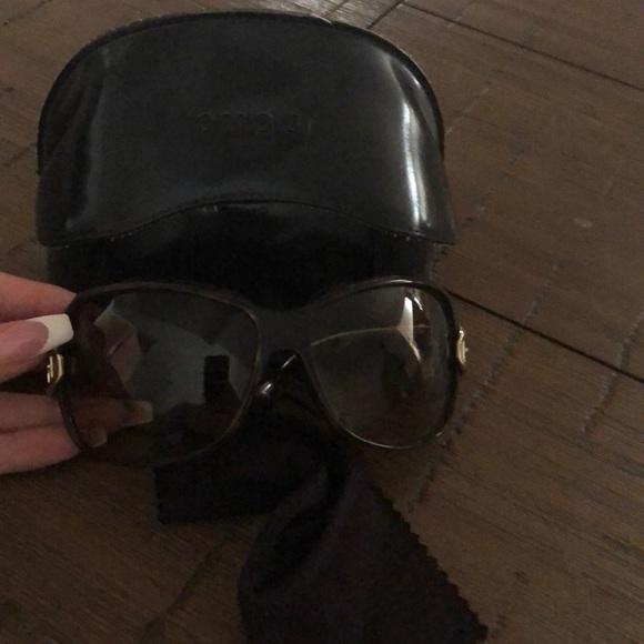0994e6403 Gucci Accessories | Retro Authentic Sunglasses With Buckle Sides ...